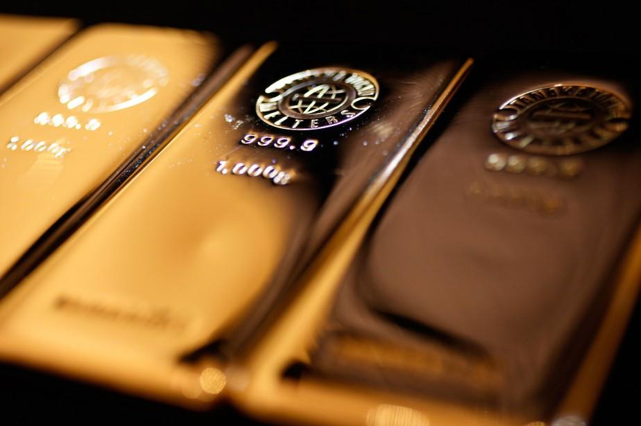 L'or est monté en flèche vendredi dans... (PhotoYuya Shino, archives Reuters)