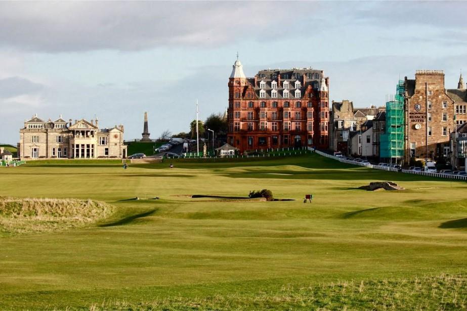 Le célèbre Old Course de St. Andrews avec... (PHOTO TIRÉE DU SITE VISITSTANDREWS.COM)