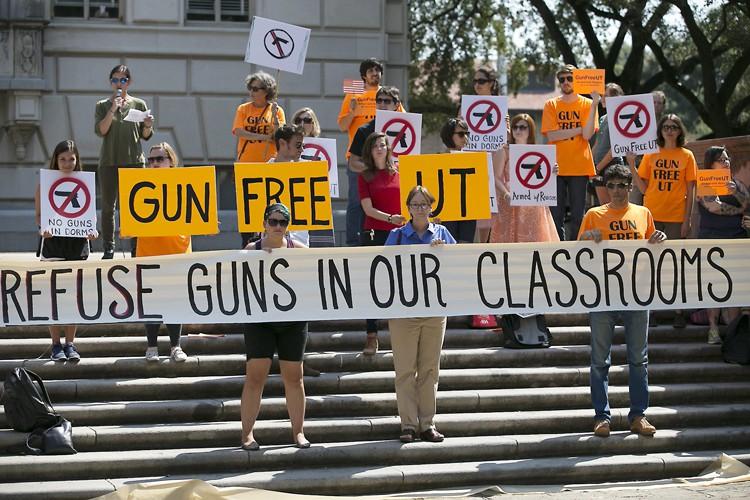 Des étudiants de l'université du Texas ont dénoncé... (PHOTO AP)