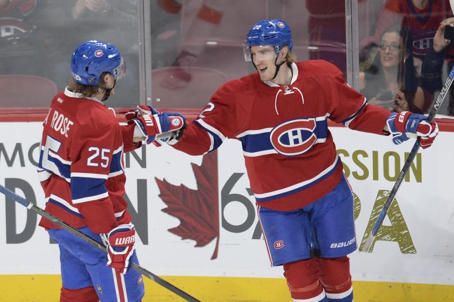Dale Weise festoie avec Jacob De La Rose après avoir inscrit le premier but du Canadien en première période. (PHOTO BERNARD BRAULT, LA PRESSE)