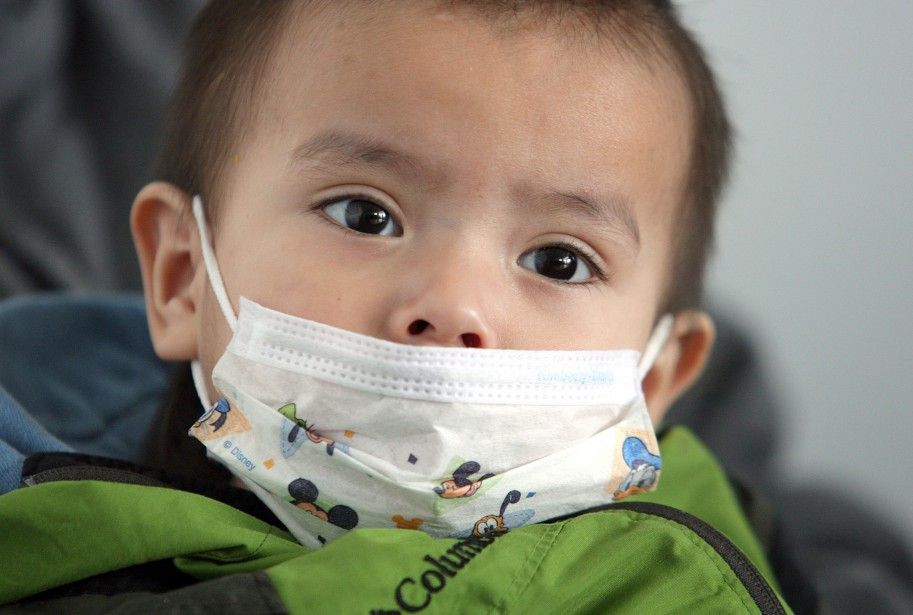 Au Québec, le taux de vaccination antigrippale serait... (PHOTO JASON HALSTEAD, ARCHIVES LA PRESSE CANADIENNE)