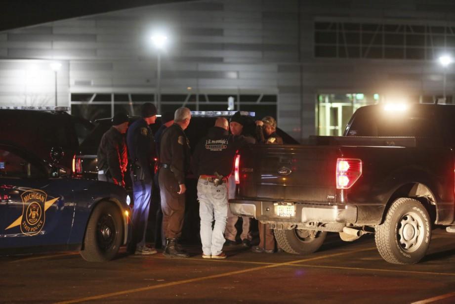 Le suspect, un homme de 45 ans, a... (Photo Mark Bugnaski, AP)