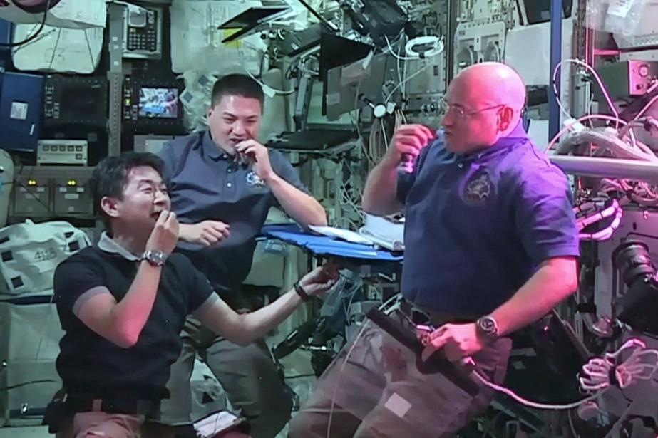 Les astronautes japonais Kimiya Yui, américains Kjell Lindgren... (Photo NASA)