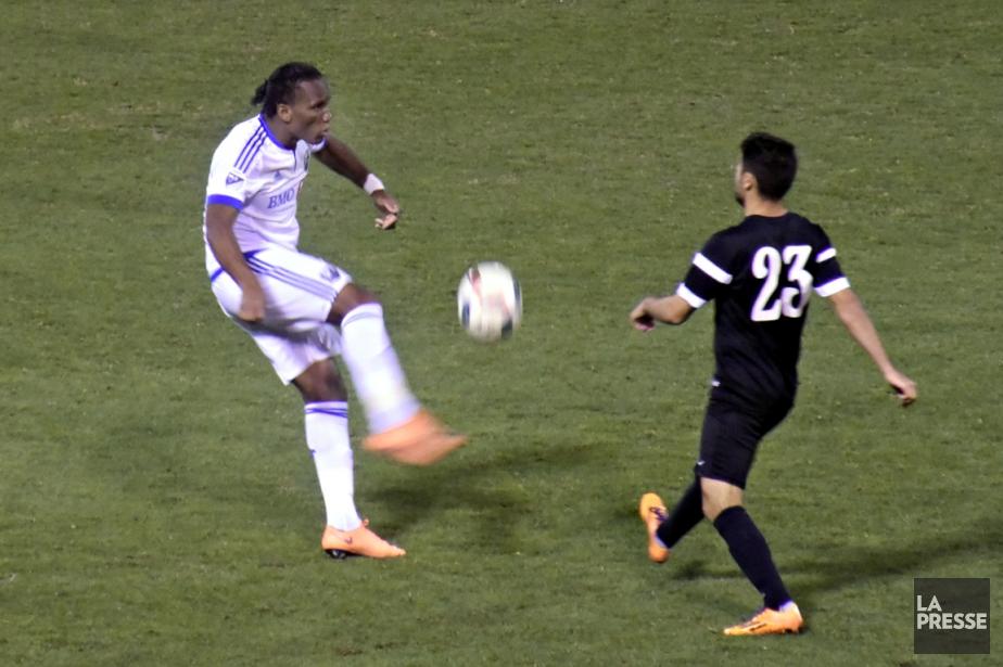 Didier Drogba, qui disputait son premier match préparatoire,... (Photo Bernard Brault, La Presse)