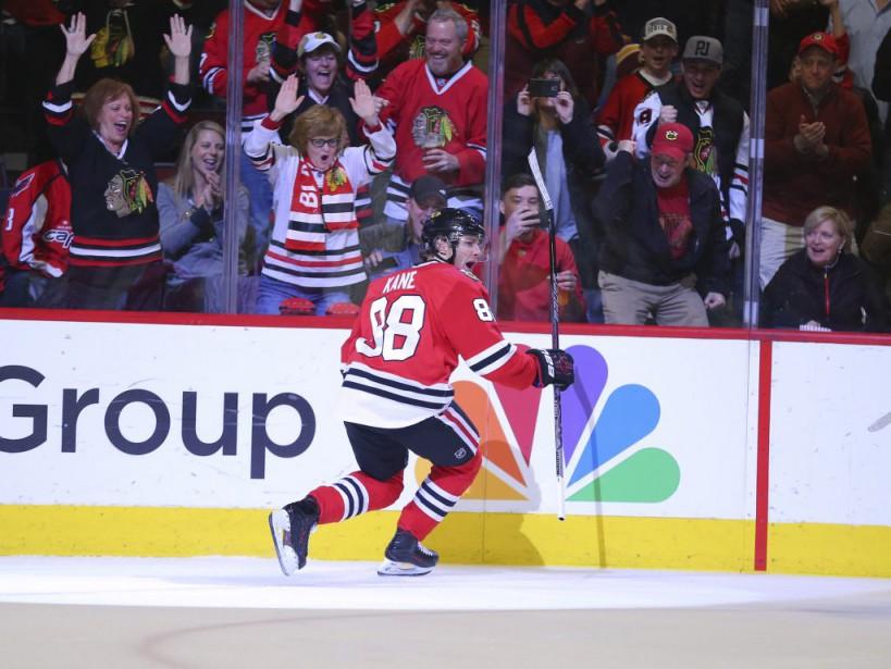 Patrick Kane a porté son total de buts... (PHOTO DENNIS WIERZBICKI, USA TODAY)