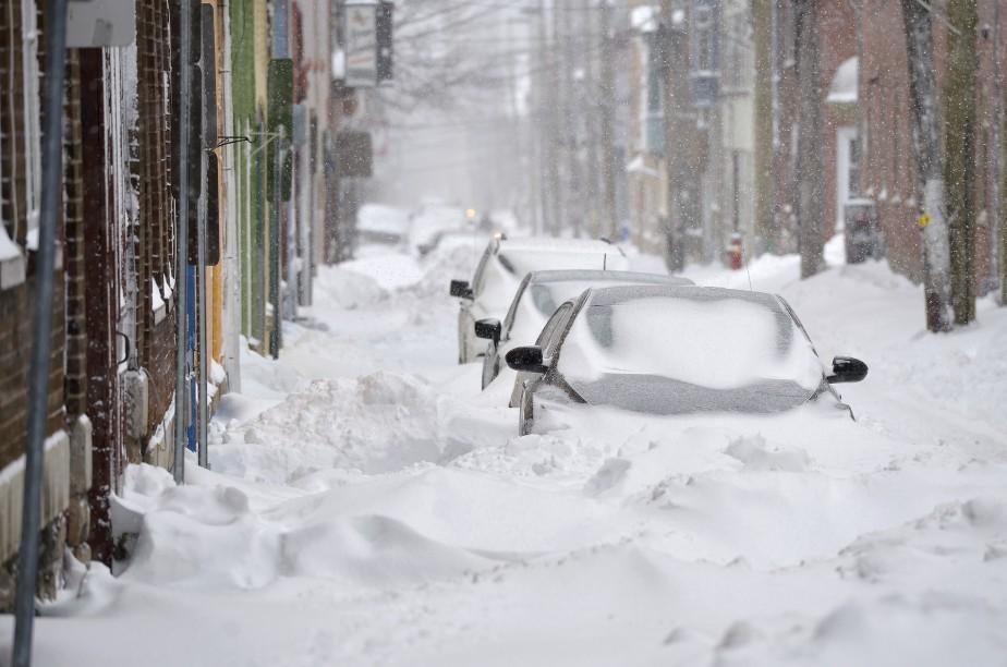 La région de Québec a reçu de 25 à 30 centimètres de neige entre la nuit de mardi et la fin de la journée de mercredi. (Le Soleil, Yan Doublet)