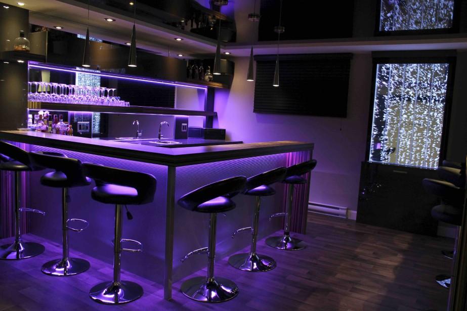 Un bar mauve signé InnovaDel (Photo InnovaDel, Rémi Langevin)