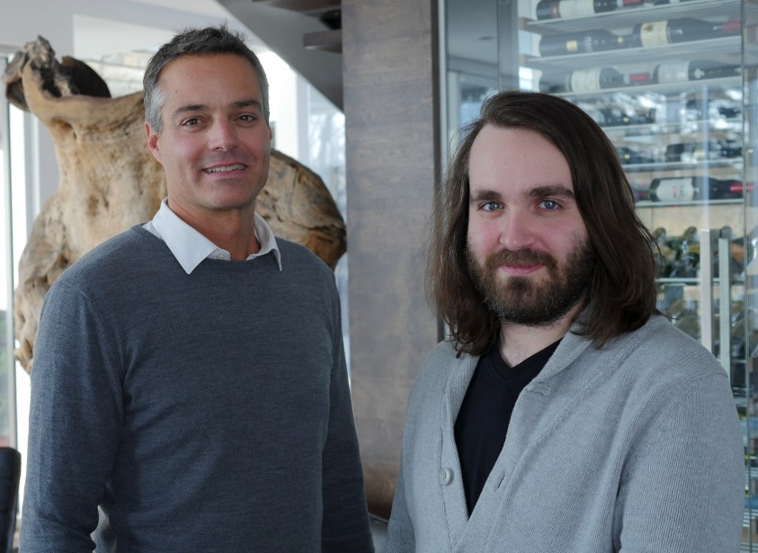 Mathieu Morel et Dave Tremblay, de CCM2 architectes, on travaillé avec leur consoeur designer Lydia Perron pour imaginer la B/G House. (Le Soleil, Patrice Laroche)