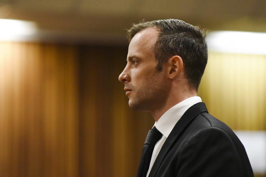 Oscar Pistorius est actuellement assigné à résidence chez... (PHOTO HERMAN VERWEY, ARCHIVES AP)