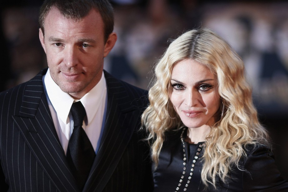 Guy Ritchie et Madonna à la première du... (PHOTO ARCHIVES REUTERS)
