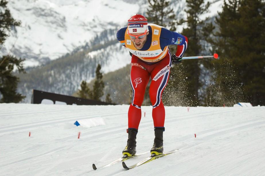 Le Norvégien Martin Johnsrud Sundby a remporté hier... (PHOTOJEFF McINTOSH, LA PRESSE CANADIENNE)