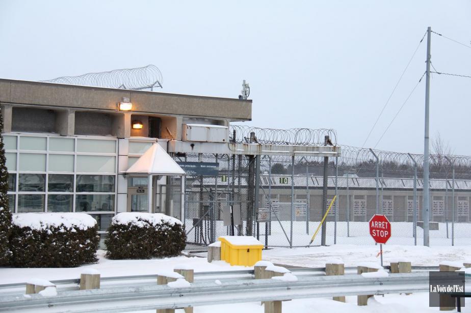 Entre mars2015 et février2016, le nombre de détenus... (PHOTO D'ARCHIVES LA VOIX DE L'EST)