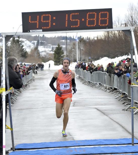 Anthony Larouche de Québec n'a pu atteindre le chrono qu'il visait, mais il a tout de même été sacré roi de la course des Pichous 2016 à sa toute première participation. (Photo Le Progrès-Dimanche, Rocket Lavoie)