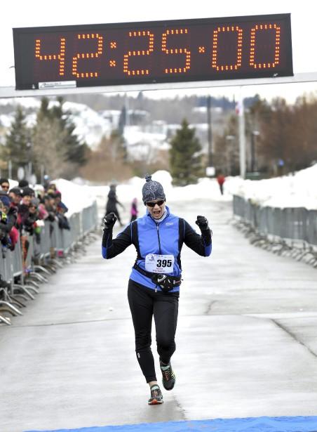 Venue de La Tuque, Josée Duchemin a été la plus rapide à la marche chez les dames, en plus de signer le 2e meilleur temps au classement général sur près de 300 participants. (Photo Le Progrès-Dimanche, Rocket Lavoie)