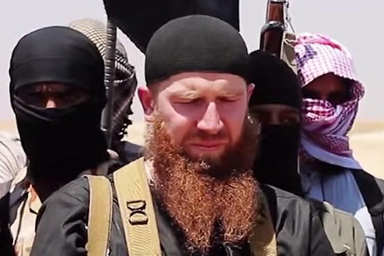 Connu pour son épaisse barbe rousse, Abou Omar... (PHOTO AFP)