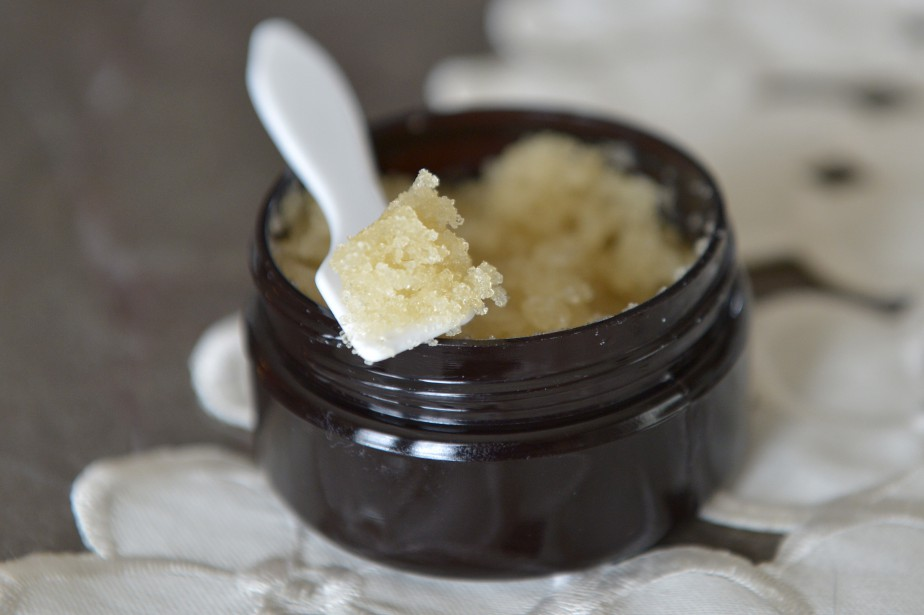 Exfoliant au sucre doré, voir la recette de Sylvie Giguère (Le Soleil,  Yan Doublet)