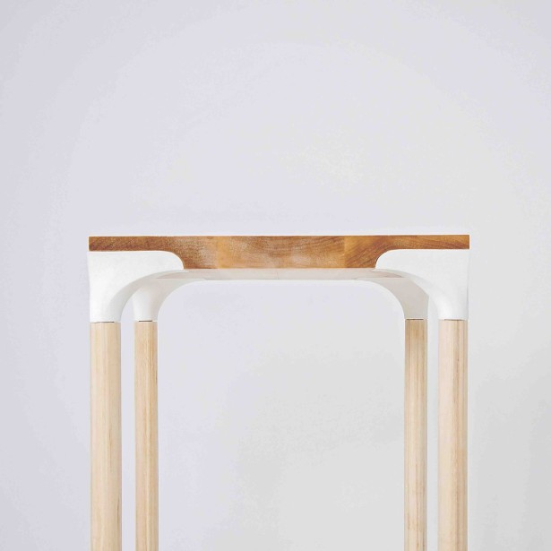 La table La délicate est l'oeuvre de Guillaume Fournier et de Violaine Giroux. (Photo fournie par L'Objet)
