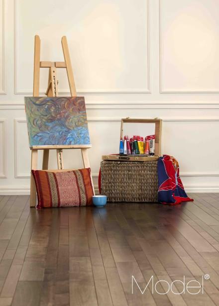 Un chaleureux brun moyen baptisé Oasis s'est ajouté à la série Model Classique. (Photo fournie par Bois de plancher PG)