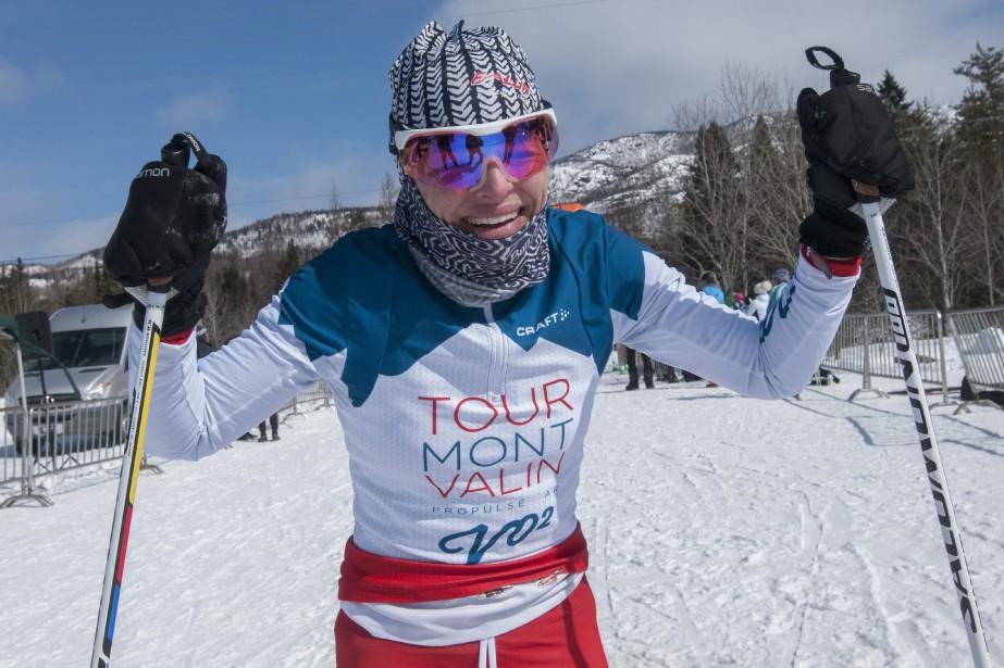 Stéphanie Collard a été la toute première femme à franchir le fil d'arrivée. La Jonquiéroise a remporté le 45km style libre. (Photo Le Progrès-Dimanche, Michel Tremblay)