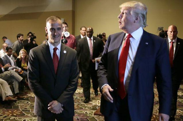 Corey Lewandowski etDonald Trump... (ARCHIVES AP)