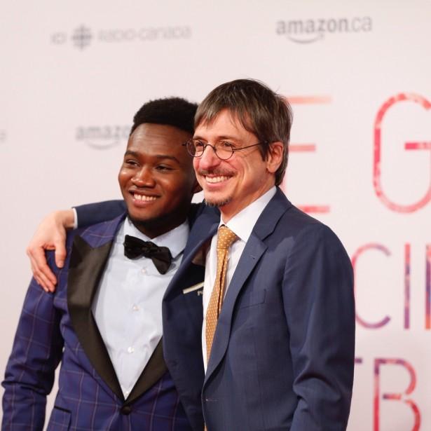 Irdens Exantus et Philippe Falardeau, acteur et réalisateur du film <em>Guibord s'en va-t-enguerre</em>. (Photo Olivier Jean, La Presse)
