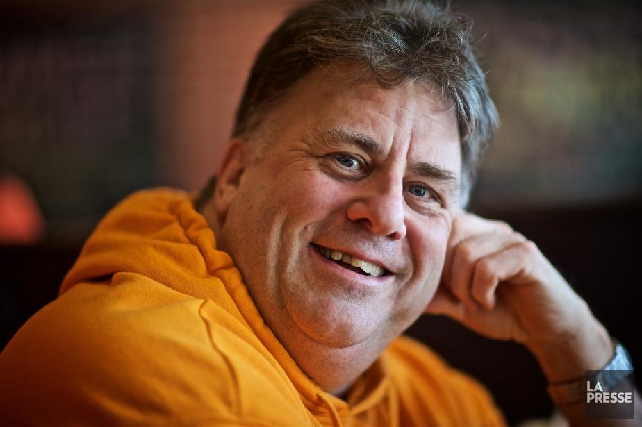 Terry DiMonte anime l'émission du matin de CHOM-FM... (PHOTO ANDRÉ PICHETTE, LA PRESSE)