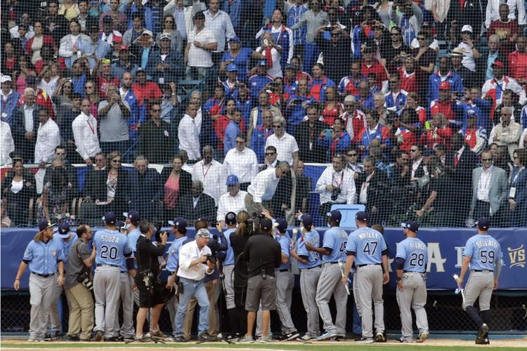 Barack Obama a rencontré les joueurs des Rays... (Associated Press)