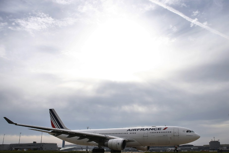 Le groupe européen Air-France-KLM a perdu 4% de... (PhotoTHOMAS SAMSON, Archives Agence France-Presse)