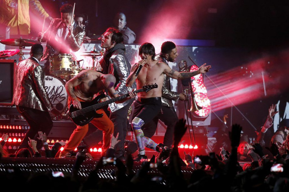 Les Red Hot Chili Peppers en spectacle à... (PHOTO ARCHIVES AP)