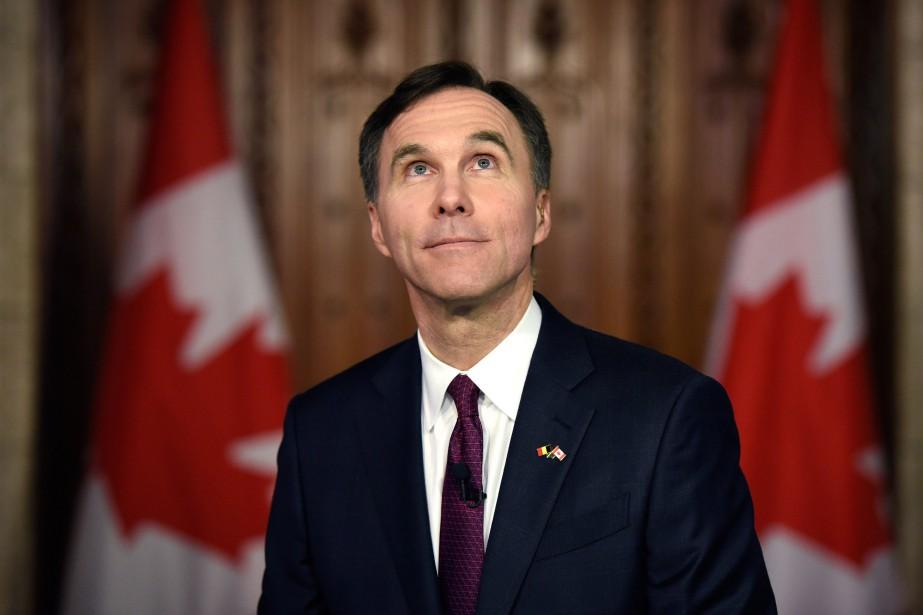 Bill Morneau, ministre des Finances, a annoncé mardi... (PHOTO LA PRESSE CANADIENNE)