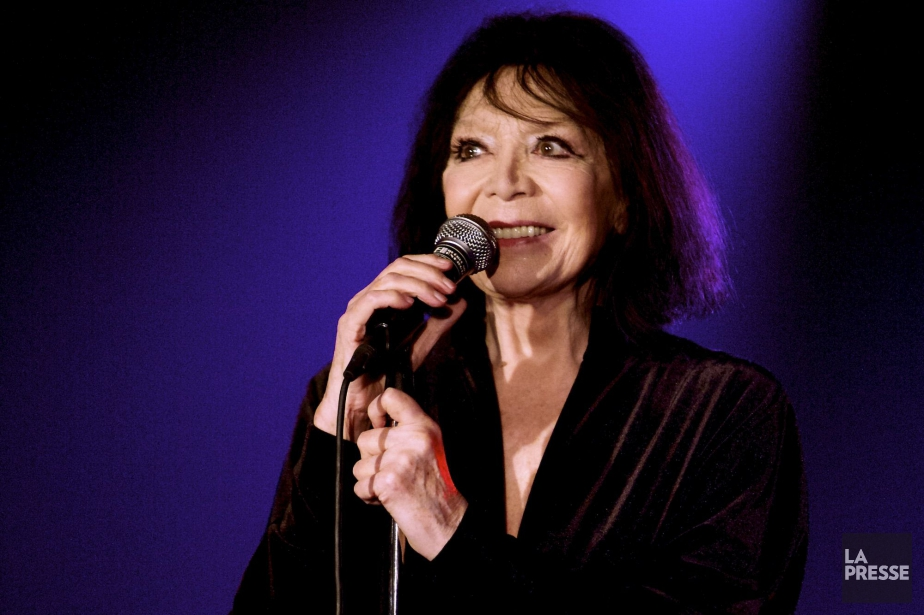 Juliette Gréco... (PHOTO MICHEL PINAULT, ARCHIVES LA PRESSE)