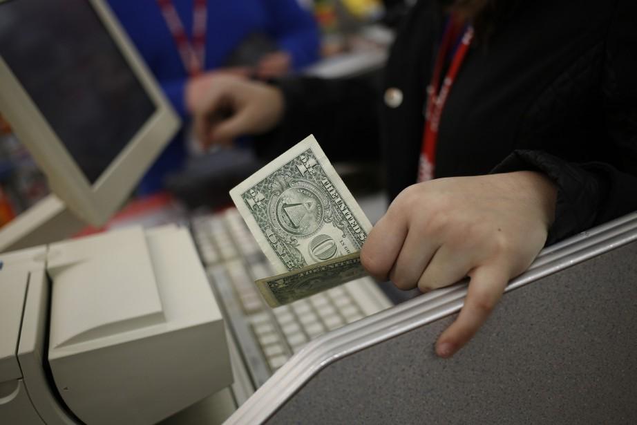 Les dépenses des consommateurs, qui sont la locomotive... (PHOTO ARCHIVES BLOOMBERG)