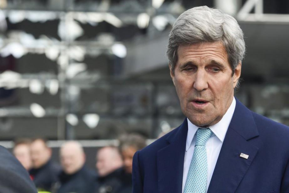 John Kerry... (PHOTO FREDERIC SIERAKOWSKI, ARCHIVES AGENCE FRANCE-PRESSE)