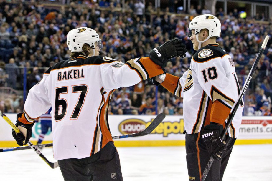 Corey Perry a obtenu son 31e but de la saison et les Ducks... (PHOTO PC)