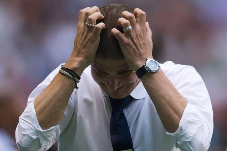 L'entraîneur-chef des WhitecapsCarl Robinsonespère que les souliers seront... (PHOTO PC)