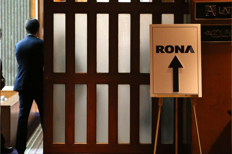 Les actionnaires de Rona ont approuvé en grande... (Photo Martin Chamberland, La Presse)