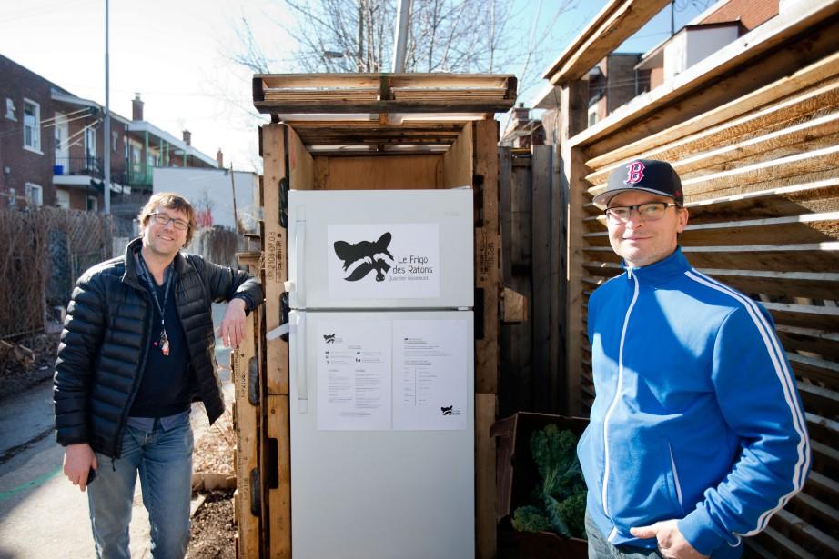 Patrick Bodnar et Benoît Tardifont lancé l'initiative Frigo... (PHOTO MARCO CAMPANOZZI, LA PRESSE)