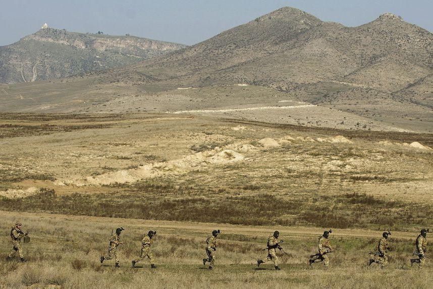 Des soldats des forces armées arméniennes.... (PHOTO KAREN MINASYAN, ARCHIVES AGENCE FRANCE-PRESSE)