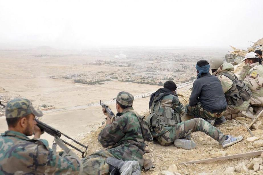 Des soldats syriens.... (PHOTO ARCHIVES AGENCE FRANCE-PRESSE)