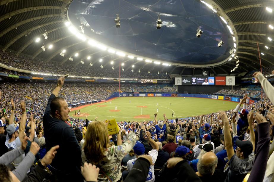 Pas moins de 106102 spectateurs se sont rendus... (PHOTO BERNARD BRAULT, LA PRESSE)