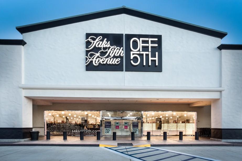 Les premiers magasins Saks Off5thouvriront leurs portes en... (PHOTO HBC)