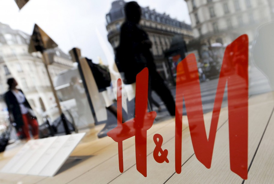 La concurrence en ligne dans le secteur du vêtement... (Photo archives Reuters)
