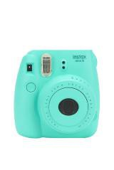 Appareil photo couleur Mini 8 Instax Custom X UO Fujifilm, Urban Outfitters, 87$ (Photo fournie par Urban Outfitters.)
