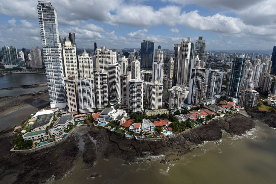 Vue aérienne du centre d'affaires de Panama... (AFP, Rodrigo Arangua)