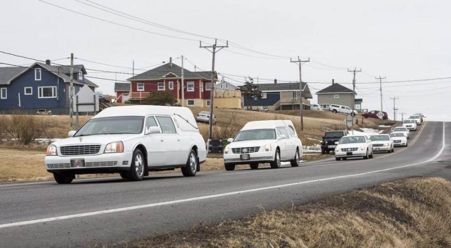Des funérailles pour Jean Lapierre et cinq de ses proches ont été célébrées le 8 avril. (Paul Chiasson, PC)