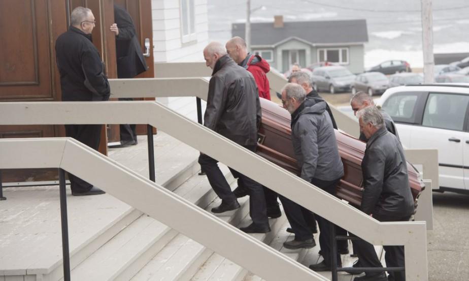 Le père de Jean Lapierre, Raymond, venait de mourir de la maladie de Parkinson. (Paul Chiasson, PC)