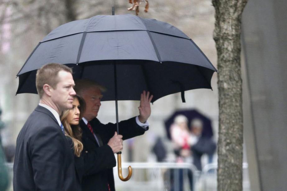 Donald Trum (à droite) et sa femme Melania... (Photo Julio Cortez, Associated Press)
