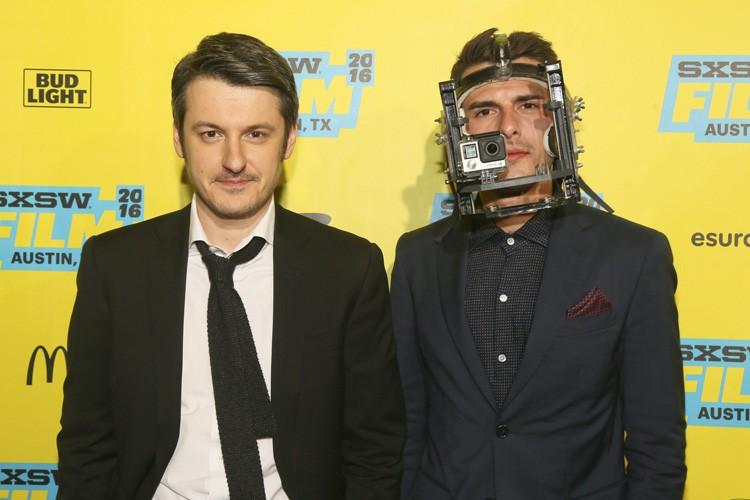 Le réalisateur de Hardcore HenryIlyaNaishuller, acompagné de son... (PHOTO AP)