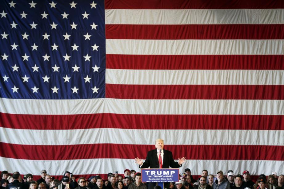 Le meneur dans la course à l'investiture républicaine... (PHOTO MIKE GROLL, AP)