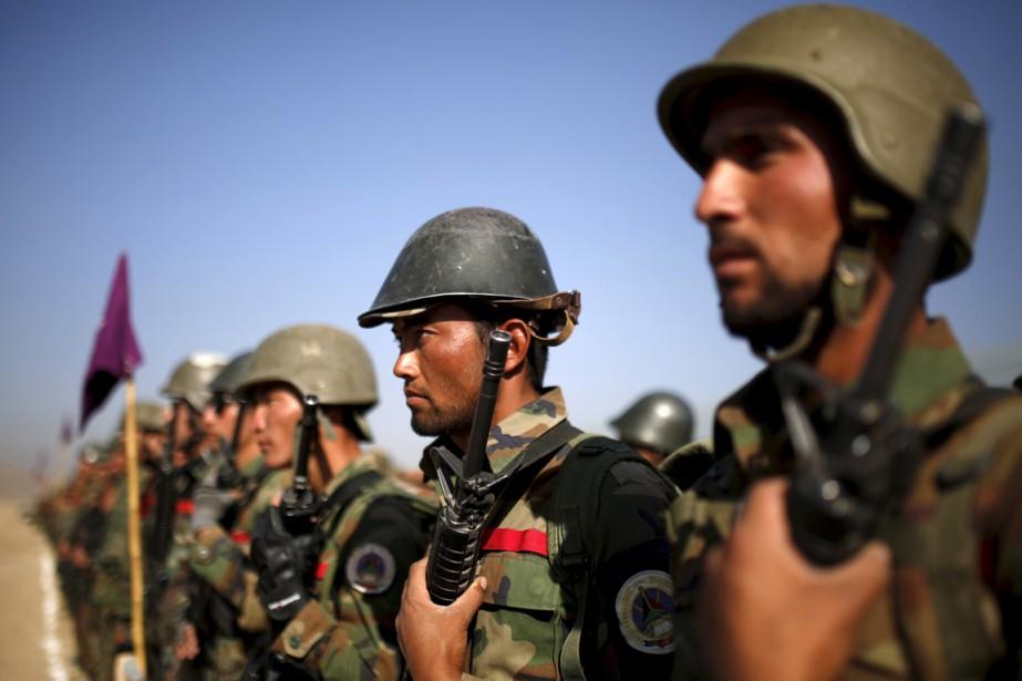 Des soldats de l'armée afghane participent à un... (PHOTO AHMAD MASSOOD, ARCHIVESS REUTERS)